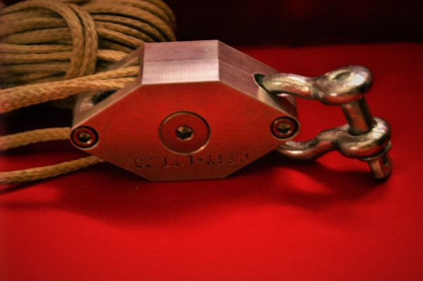 Block and tackle, pulley, pulley system, for sale, small, rope pulley, rigging, hoist, lift, block & tackle, pulleys for sale, pulley block